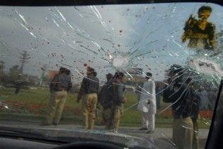 У Пакистані терористи обстріляли збірну Шрі-Ланки з крикету