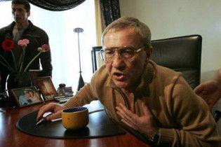 Черновецький пише книгу про бандитські розборки