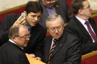 Коаліція хоче знати, чим Ющенку не сподобався Тарасюк