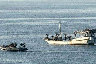 Пірати звільнили грецьке судно з українцем на борту