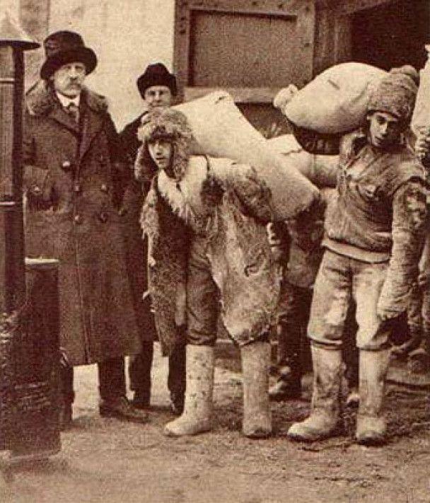 У Севастополі представили фальшиві фотографії Голодомору