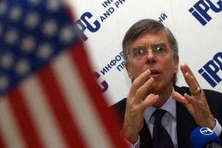 США не вважають Україну полем бою між Росією і Європою