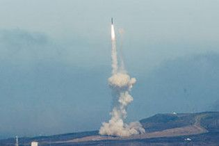 Північна Корея загрожує Японії потужним військовим ударом