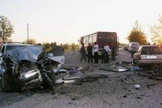 В ДТП під Полтавою загинули 4 особи. Серед них 3-річна дитина і міліціонер