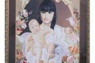 Кільчицьку намалювали в образі Мадонни з дитиною