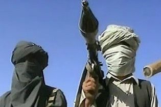 Пакистанські таліби ракетою збили вертоліт: загинули 26 людей