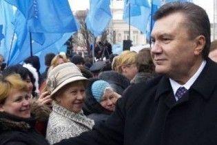 Януковичу пророкують перемогу на всіх виборах
