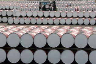 Нафта подешевшала на 1,5 долара