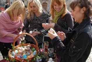 Христос Воскрес! Православні святкують Великдень