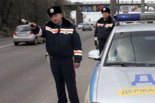 Луценко погрожує криміналом водіям за хабарі даішникам