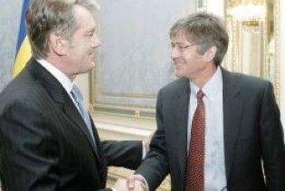 Ющенко зустрівся з представником Обами
