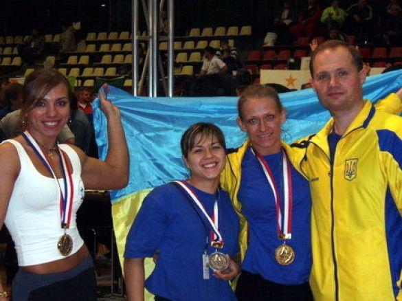Спортсмени національної збірної з армспорту