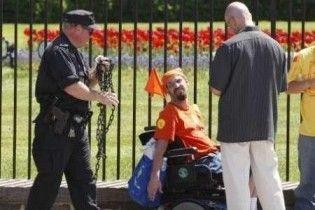 Поліцейські затримали інвалідів, які протестували під Білим домом