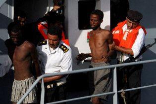 Сомалійці захопили в полон дюжину піратів