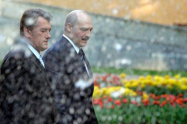 Як Ющенко гостював у Лукашенка