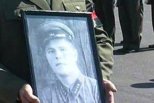 Суд Естонії не дозволив встановити надгробок на місці Бронзового солдата
