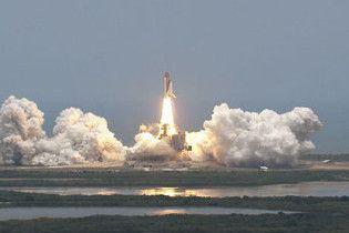 Шаттл Atlantis відправився в ризиковану експедицію