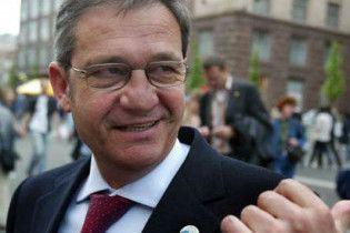 Посол ЄС в Україні вважає ненормальною роботу Черновецького