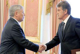 Єхануров поскаржився Ющенку на Тимошенко та відсутність грошей