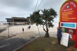 Стихія в Австралії вигнала з власних домівок більше 10 тисяч людей