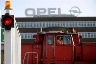Російський Ощадбанк претендує на 35% Opel
