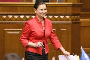 Богословська вийшла із ПР і оголосила про намір стати президентом