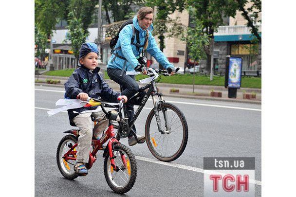 """В Києві провели """"Велодень-2009"""""""