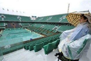 Злива зупинила Roland Garros на дві години