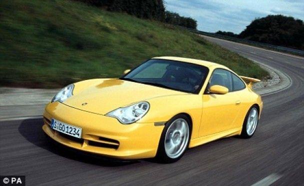 """Мільйонер убив свою коханку в """"Брістолі"""" та втік на Porsche"""