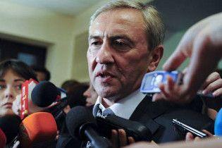 Майже всі кияни не довіряють Черновецькому