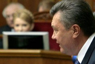 """Янукович: Україна """"з одним голим місцем"""". Треба """"пахати"""""""