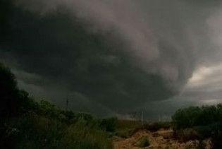 На Білорусь обрушилися тропічні торнадо