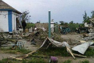 Смерч в Криму позривав дахи і порозкидував людей