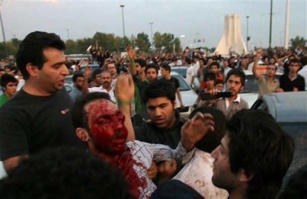Іранські військові застрелили семеро демонстрантів