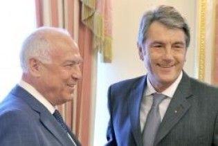 Ющенко дав Черномирдіну орден