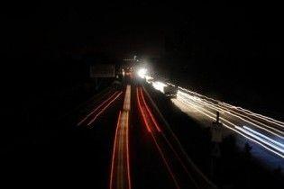 Майже 15 мільйонів пакистанців залишилися без світла