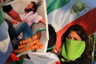 Духовні лідери Ірану закликали безжально стратити протестувальників