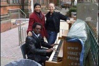 В Лондоні з'явилися вуличні піаніно