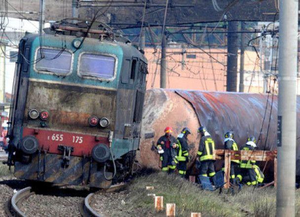Кількість жертв вибуху на італійському вокзалі збільшилася до 24 людей
