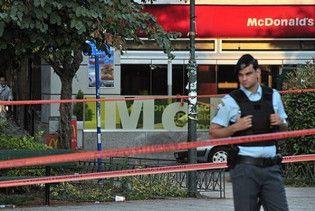 """В Афінах у """"Макдональдсі"""" підірвали саморобну бомбу"""