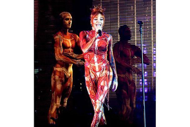 Мілен Фармер в Москві влаштувала еротичне шоу