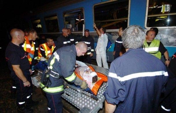 У Франції потяг зіткнувся з трактором