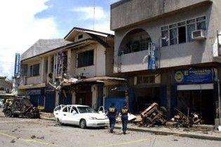 Теракт на півдні Філіппін: 6 загиблих, 40 поранених