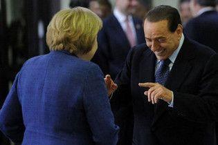 """Букмекери почали приймати ставки на наступну """"жертву"""" Берлусконі"""