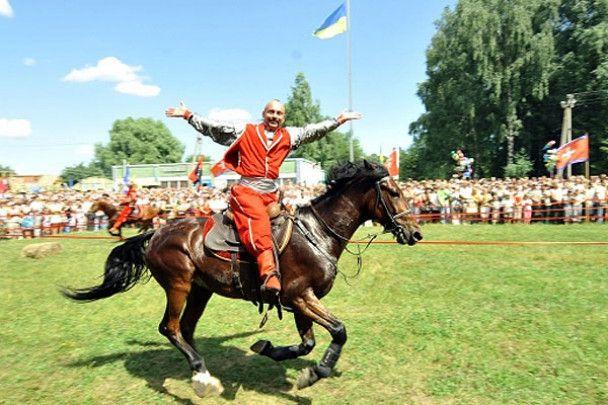 Ющенко відвідав козацький фестиваль