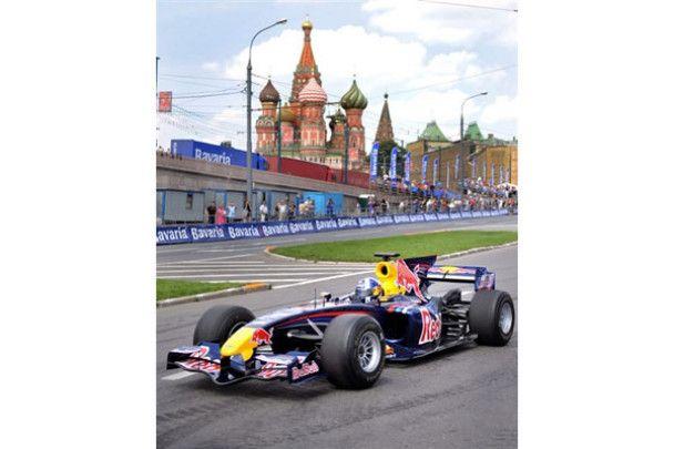 Формула -1 доїхала до Красної площі
