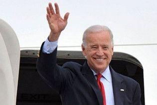 Віце-президент США привіз до Києва міні-армію охоронців