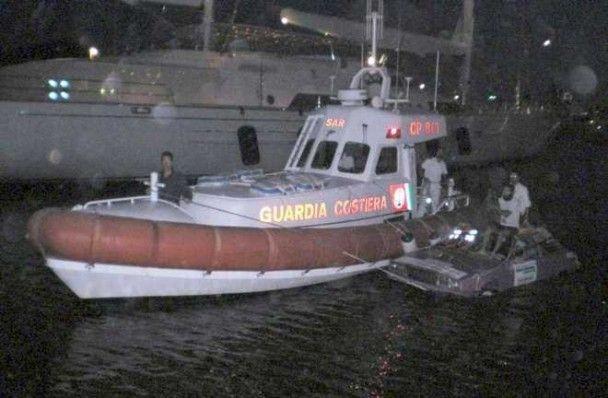 Двоє італійців перетворили Maserati на човен
