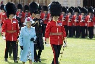 Британську королеву охороняв негр-нелегал з фальшивими документами