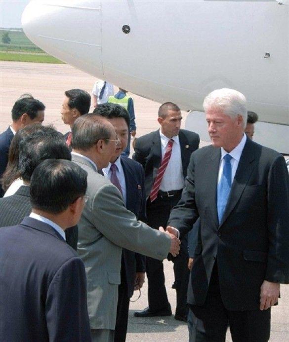 Білл Клінтон прилетів до КНДР